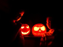 Happy holloeen!! May the spooks only be charming!!