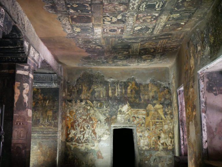 Ajanta Cave Aurangabad India Plafond peintures