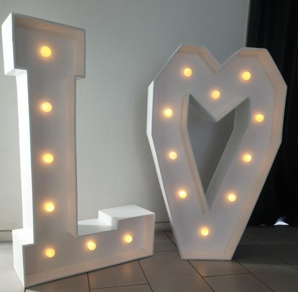 Lettres love lumineuses location