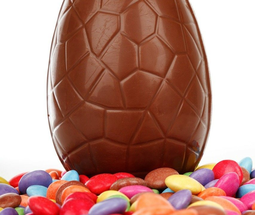 https://i1.wp.com/ouidoo.ch/wp-content/uploads/2021/04/chocolate-buttons-69484_1280.jpg?resize=853%2C720&ssl=1