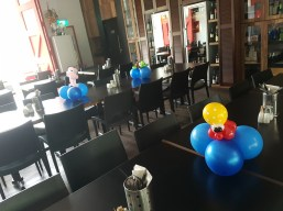 Bunch of sea creature balloon table centerpiece balloon sculpture Balloon Sculpture table centerpiece decoration singapore