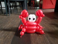 Bunch of sea creature balloon table centerpiece balloon sculpture crab Balloon Sculpture table centerpiece decoration singapore