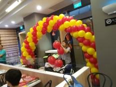 Setting up balloon decoration for Jollibee singapore (5)