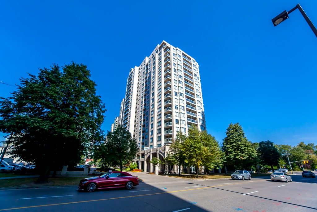 28 Empress Ave