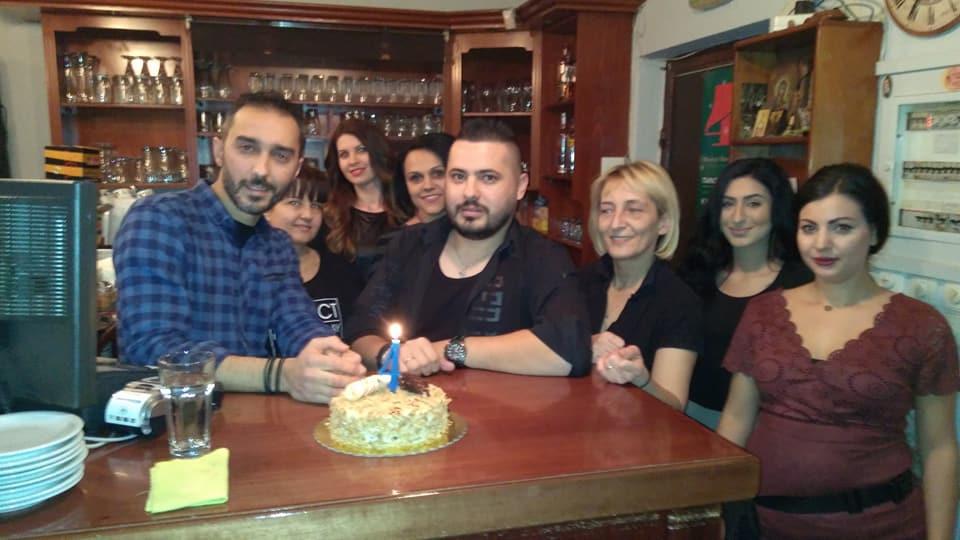 4 χρόνια λειτουργίας γιόρτασε ο Καφενες Μεζεδοπωλειο «50-50′ στην Κοζάνη, το βράδυ της Παρασκευής 15 Δεκεμβρίου