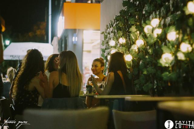 Άλλο ένα «Burger me     my Darling» πραγματοποιήθηκε το βράδυ της ... 2114ac4f6a1