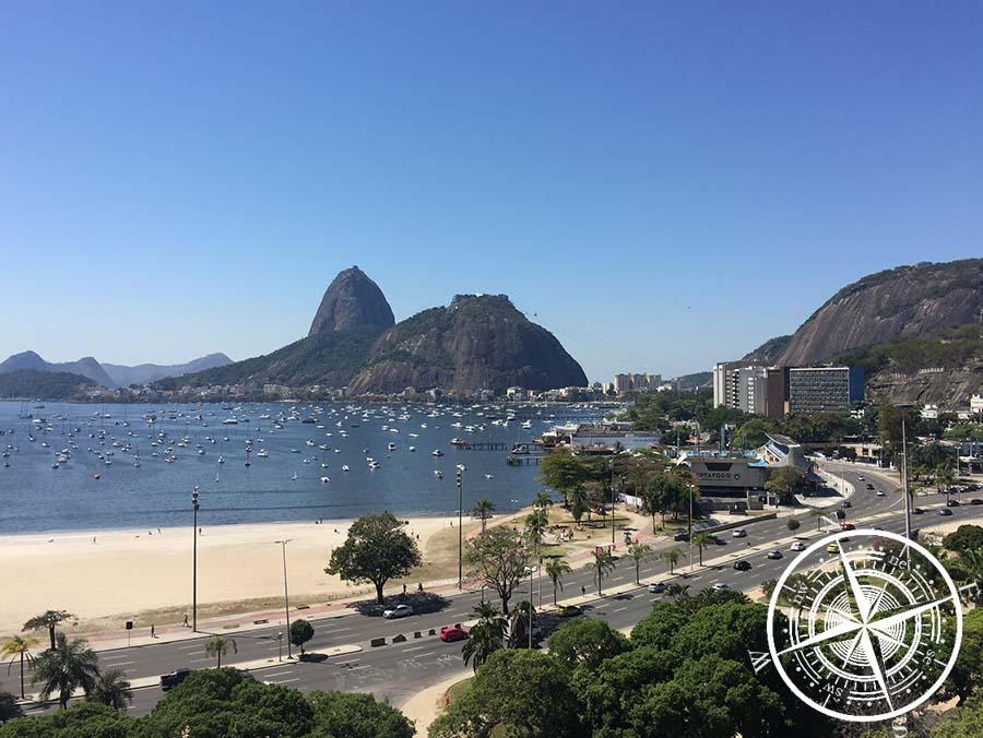 Blick auf den Zuckerhut und Botafogo Beach
