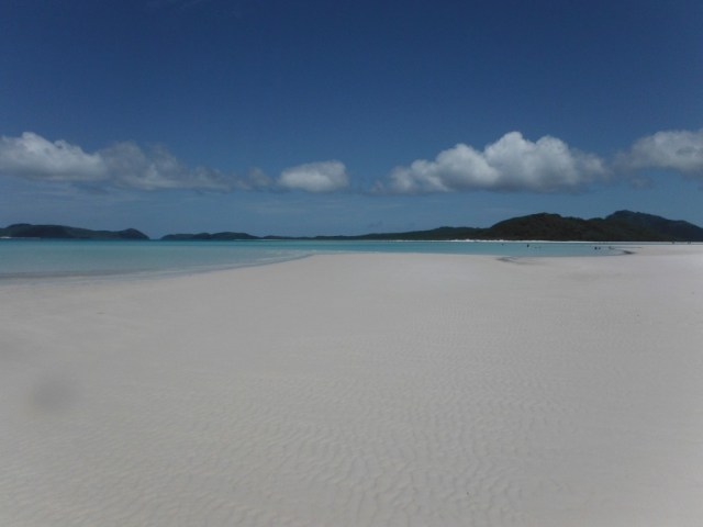 Beautiful clear water on Whitehaven Beach
