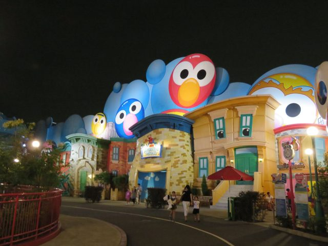 Sesame Street Land Universal Wonderland