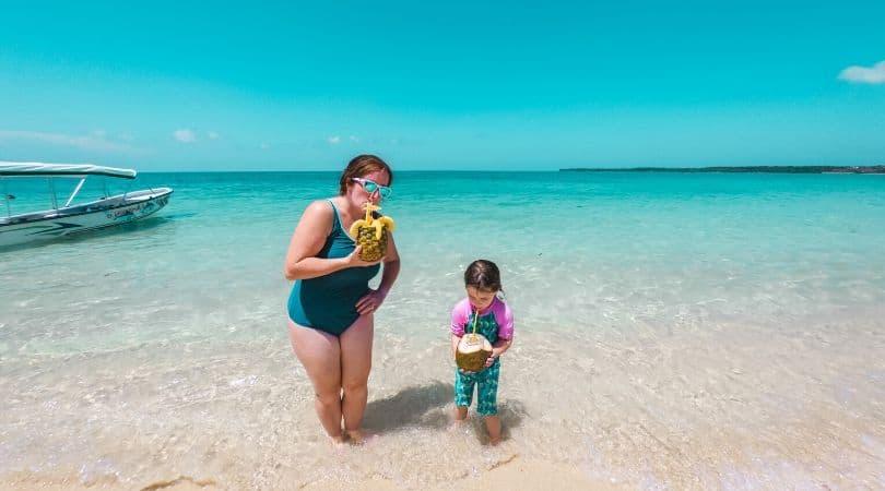 playa blanca cartagena colombia