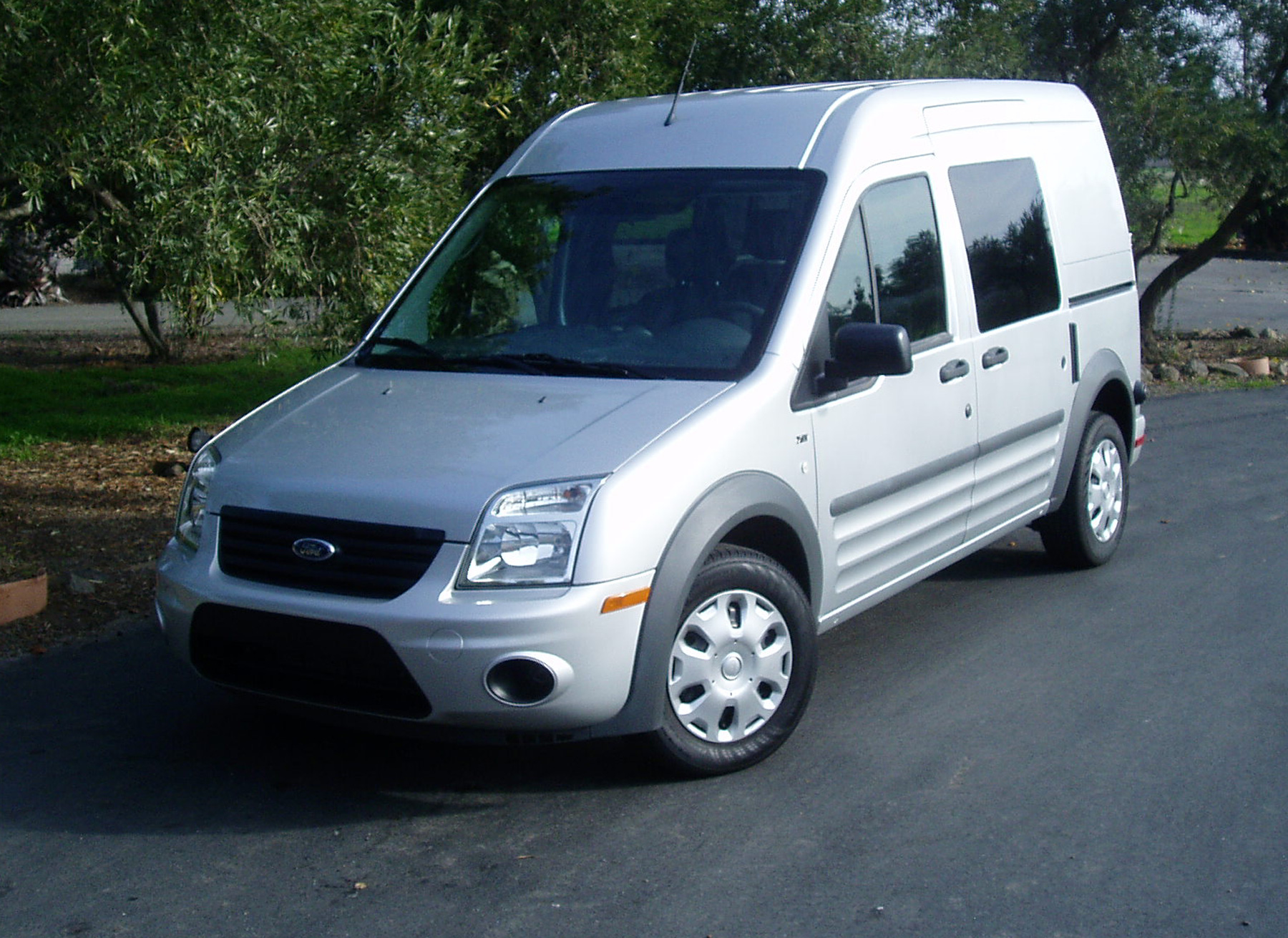 test drive 2010 ford s transit connect xlt our auto expert. Black Bedroom Furniture Sets. Home Design Ideas