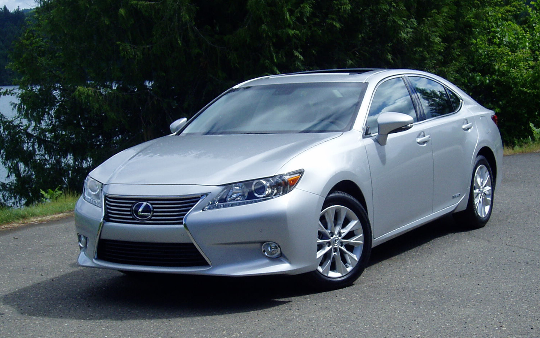 Test Drive 2013 Lexus ES350 & ES300h Sedan – Our Auto Expert