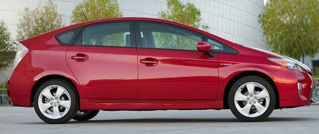 2013-DR-Toyota-Prius