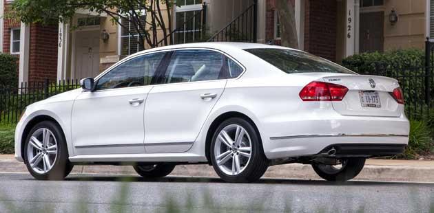 2013-DR-Volkswagen-Passat-T