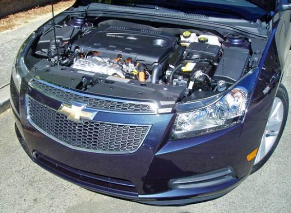 2014-Chevrolet-Cruze-Diesel--Eng