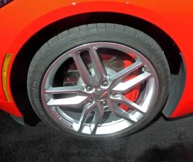 2014-Chevy-Corvette-Stingray-Whl