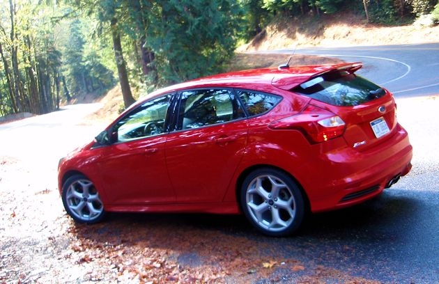 2014 ford focus st reard