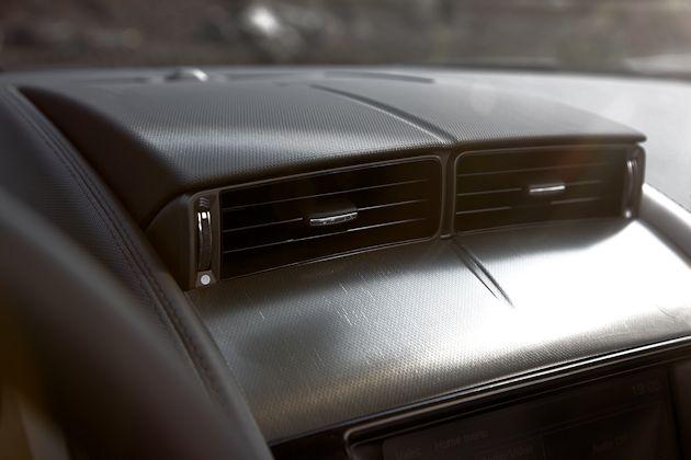 2014 Jaguar F-Type vent