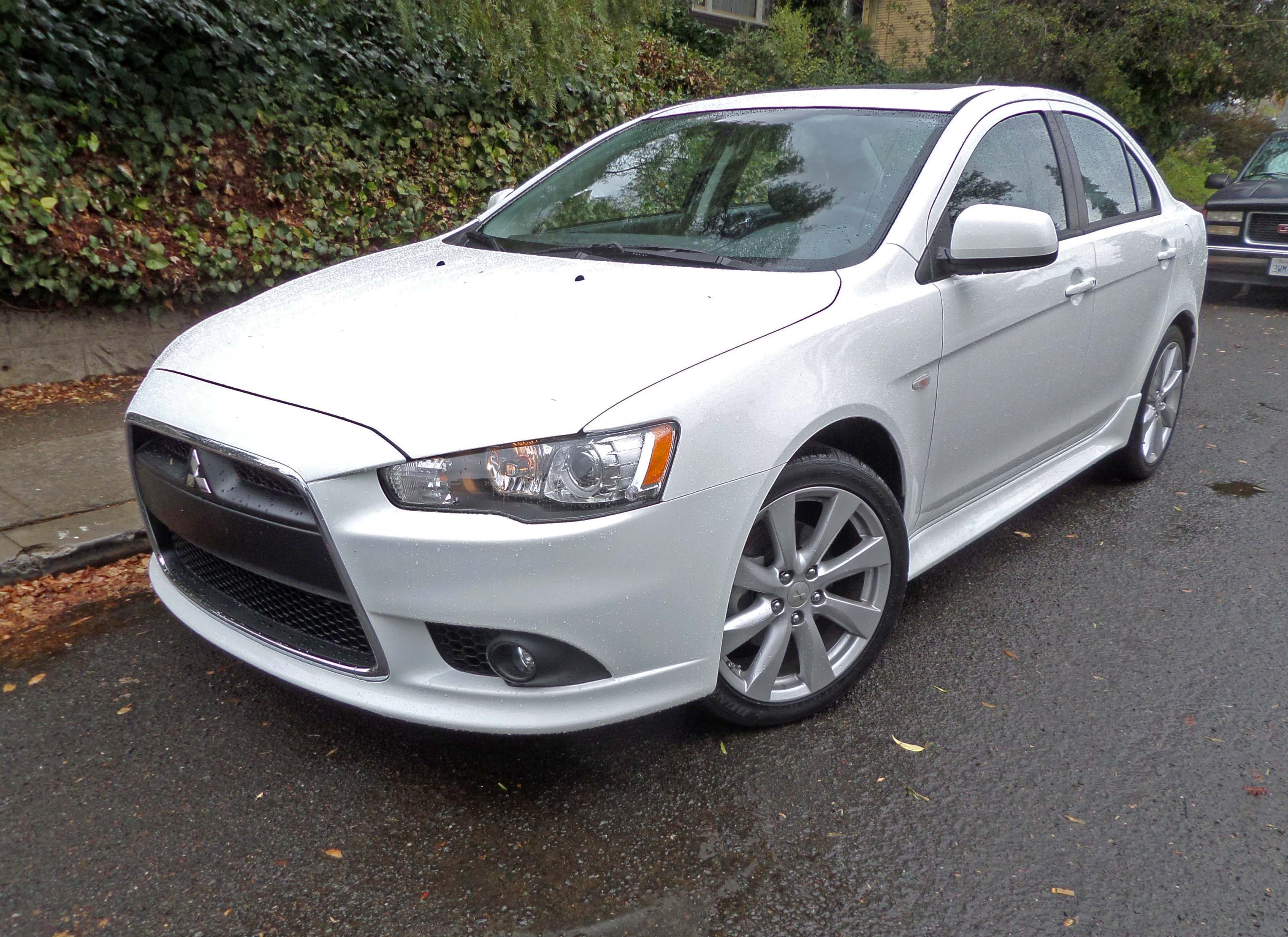 2014 mitsubishi lancer gt test drive our auto expert. Black Bedroom Furniture Sets. Home Design Ideas