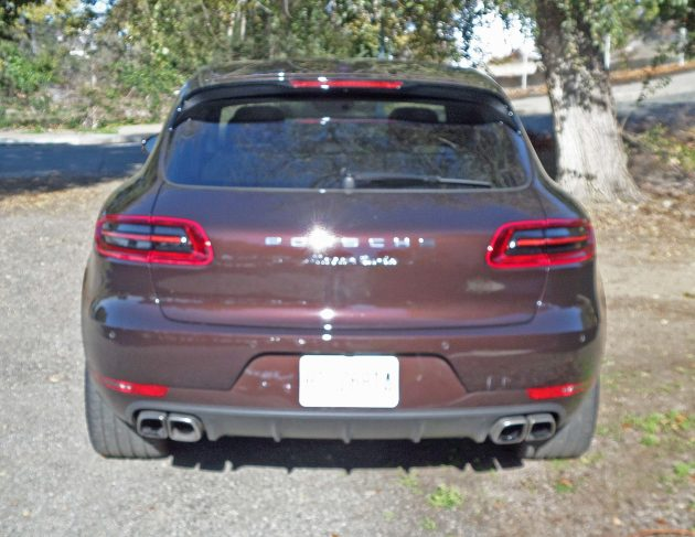 Porsche Macan Turbo Tail