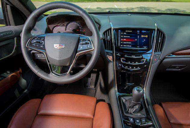 2015 Cadillac ATS Coupe dash 2