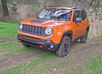 Jeep-Renegade-Trailhawk-LSF