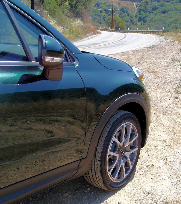 2016 Fiat 500X front fender