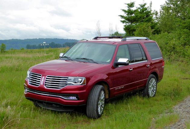 2015 Lincoln Navigator front