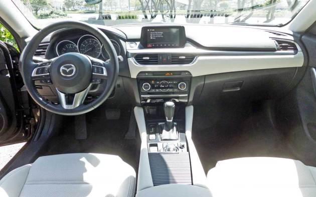 Mazda6-GT-Dsh