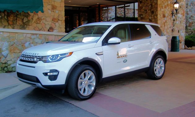 a2015 Land Rover Discovery Sport Side