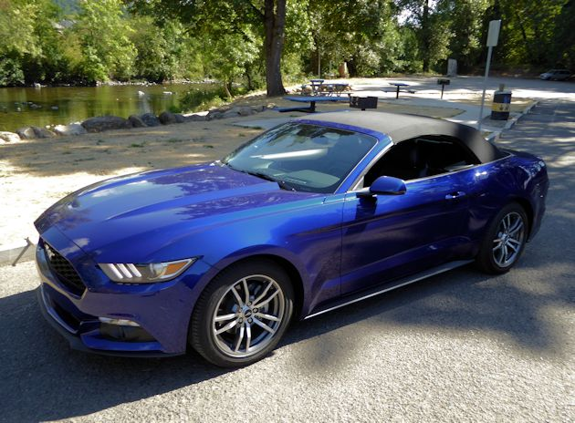 2015 Ford Mustang front q
