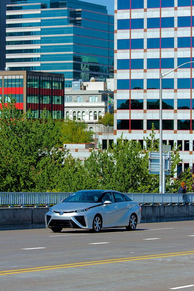 2015 Toyota Mirai 3