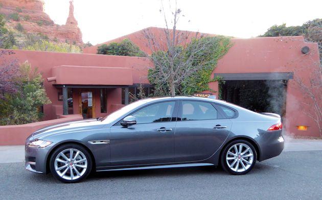 2015 Jaguar XF side