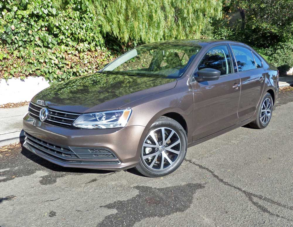 2016 volkswagen jetta 1 4t se test drive our auto expert. Black Bedroom Furniture Sets. Home Design Ideas