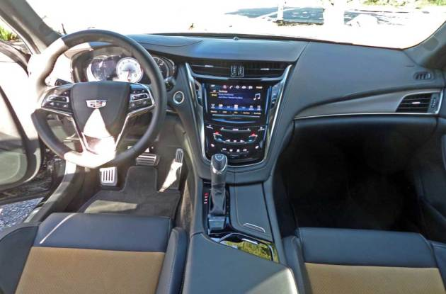 Cadillac-CTS-V-Dsh