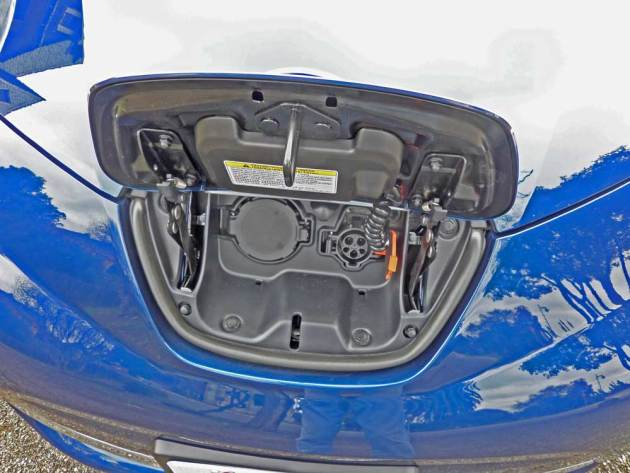 Nissan-Leaf-Chg-Prt