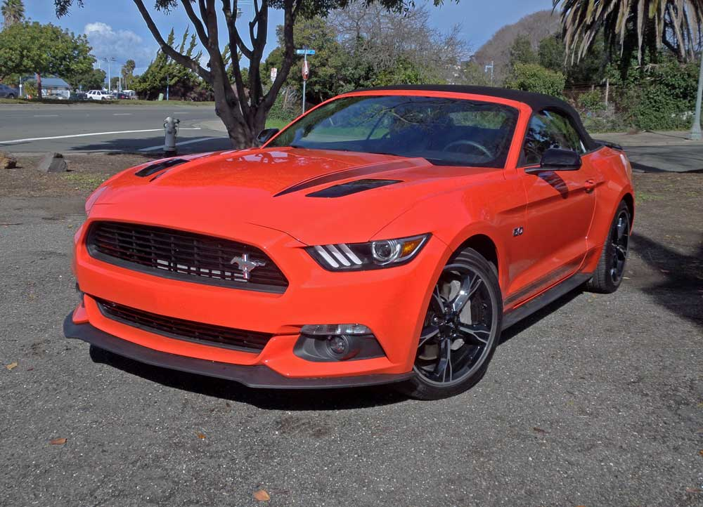 2016 ford mustang gt convertible test drive our auto expert. Black Bedroom Furniture Sets. Home Design Ideas