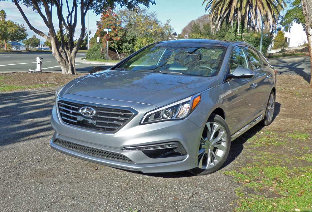 2016 hyundai sonata sport 2 0t test drive our auto expert. Black Bedroom Furniture Sets. Home Design Ideas