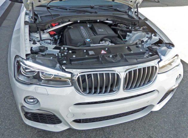 BMW-X4-M40i-Eng