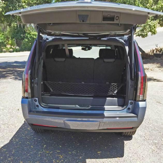 Cadillac-Escalade-Plat-Gte