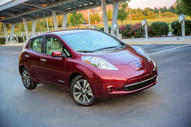 2016 Nissan Leaf front q