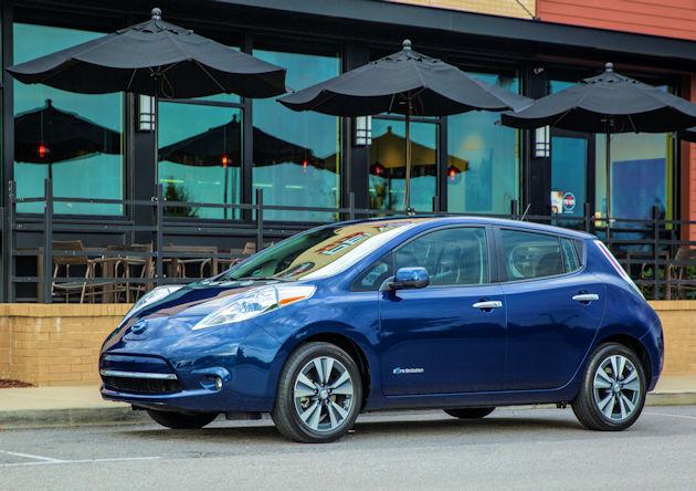 2016 Nissan Leaf front q2