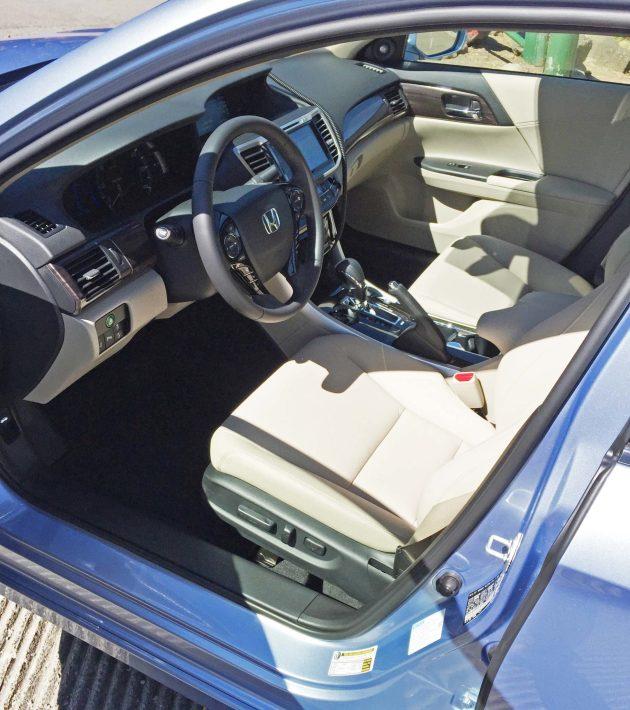 Honda Accord Hybrid Int