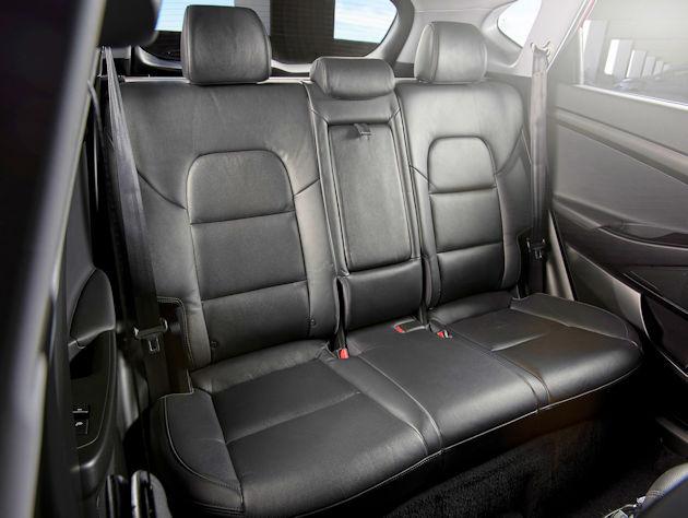 2016 Hyundai Tucson rear seat 2