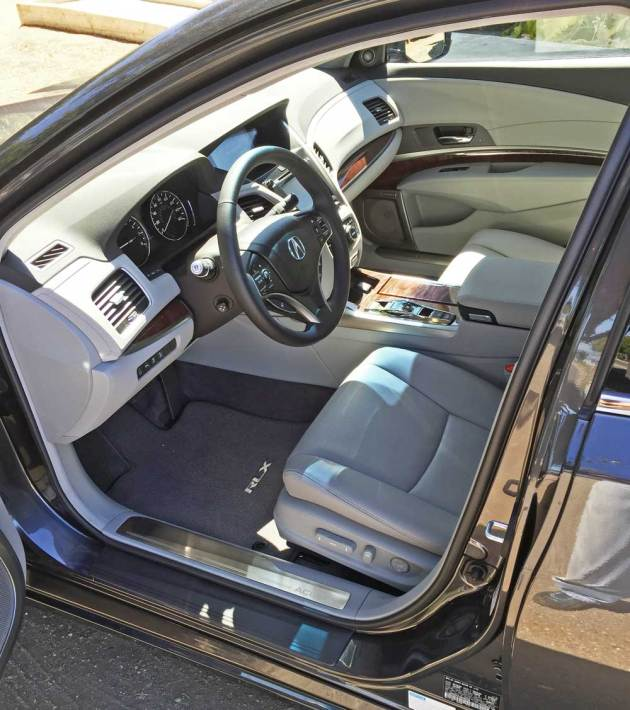 Acura-RLX-Sport-Hybrid-Int