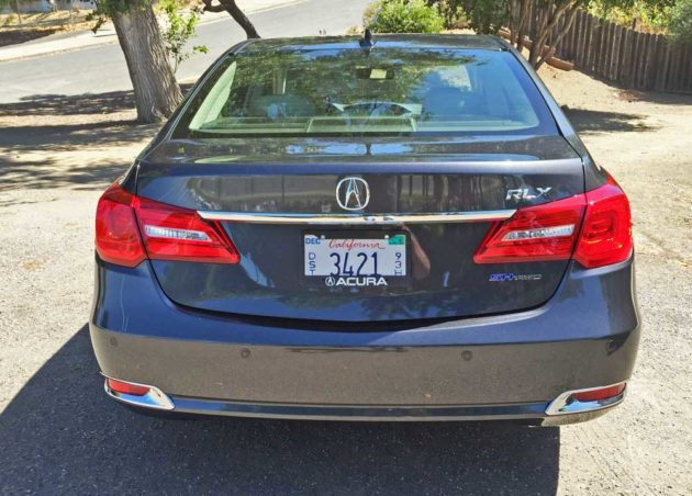 Acura-RLX-Sport-Hybrid-Tail