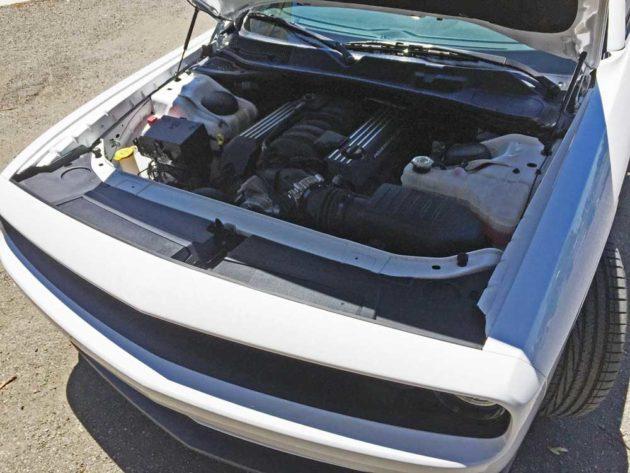 Dodge-Challenger-Scat-Pack-Eng