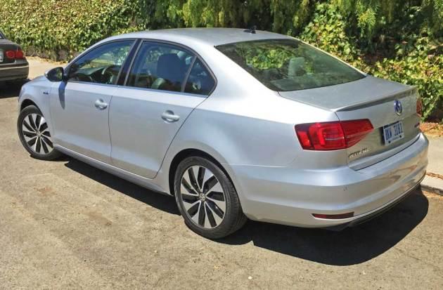 VW-Jetta-Hybrid-LSR