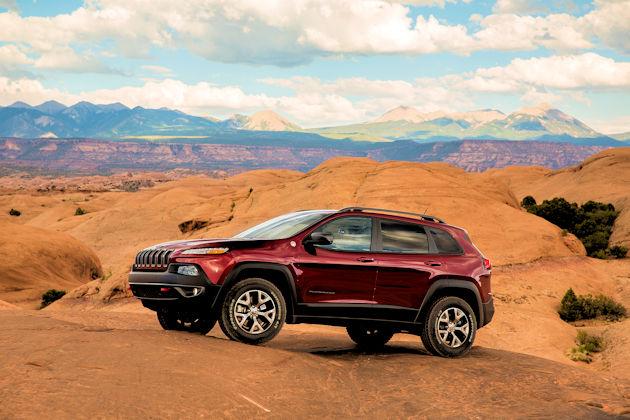 2016-jeep-cheroke-front-q