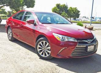 toyota-camry-xle-hybrid-rsf